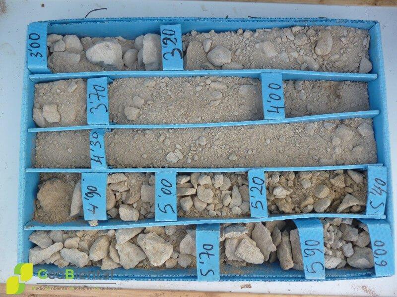 caja de muestras de estudio geotecnico